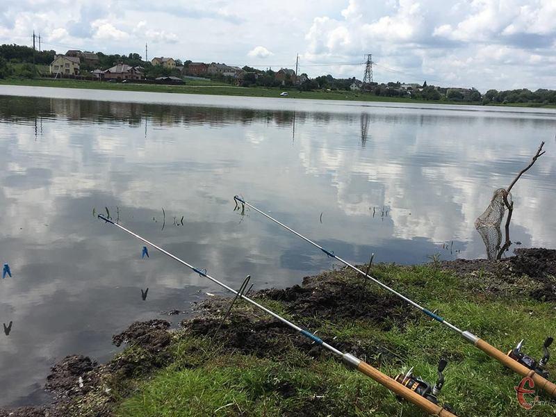 З 1 листопада на Хмельниччині заборонено ловити рибу на  зимувальних ямах