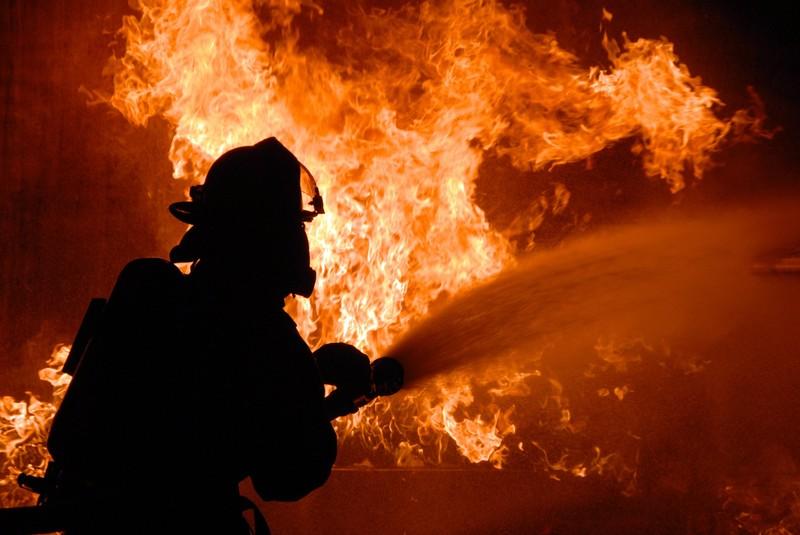 Минулої доби рятувальники області дві виїжджали на гасіння пожеж