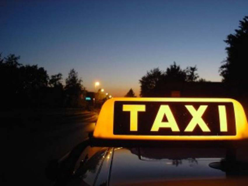 Удень чоловік таксував, а вночі – обкрадав сусідні райони