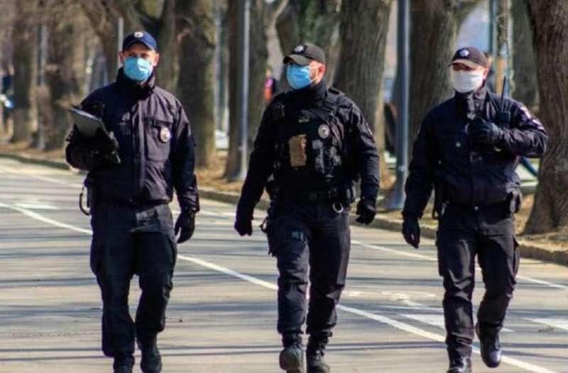 На Хмельниччині поліція збільшить кількість рейдових груп, які перевірятимуть дотримання карантинних норм