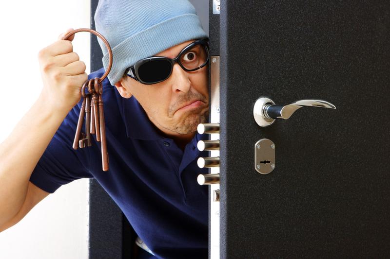 Часто злодії потрапляють до помешкань через незамкнені двері