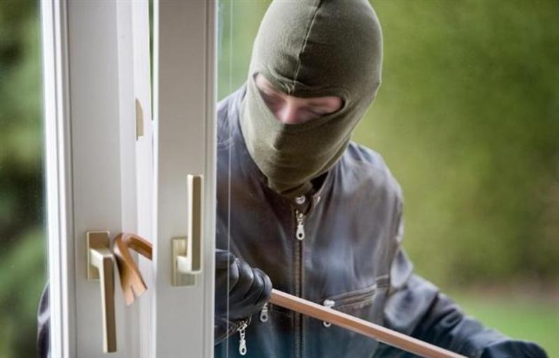 Злодії проникають у будинки одиноких стареньких