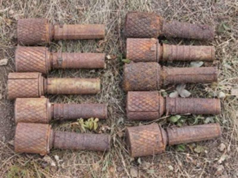 Ручні гранати пролежали в землі з часів Другої світової війни
