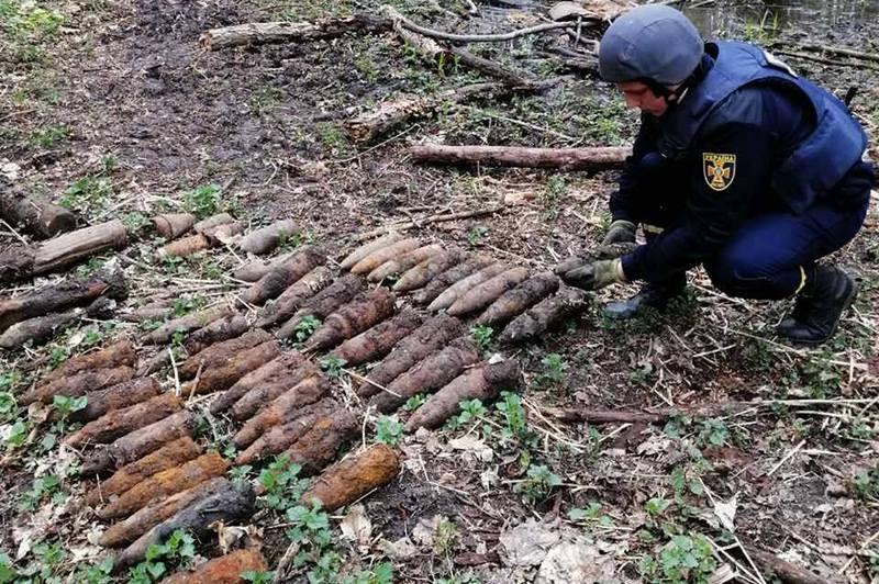 Цього року рятувальники знищили 428 боєприпасів