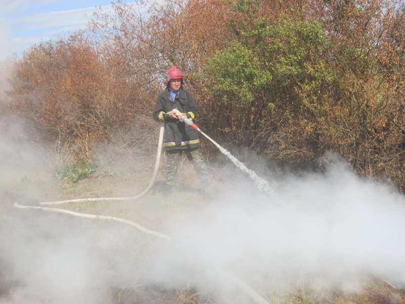 Про пожежу торфу рятувальників повідомив небайдужий місцевий житель