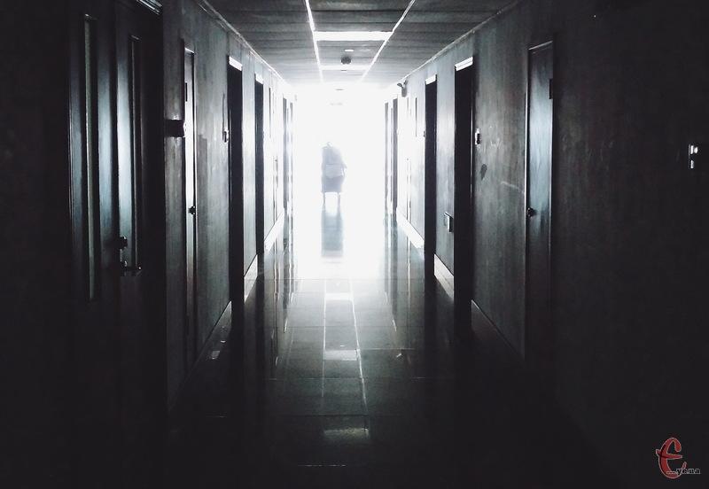 В Україні кількість летальних випадків внаслідок коронавірусної хвороби сягнула трьох тисяч