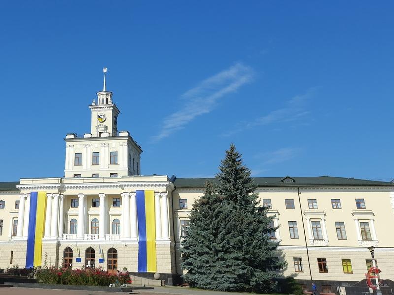Президент звільнив 14 голів райдержадміністрації на Хмельниччині через реорганізацію