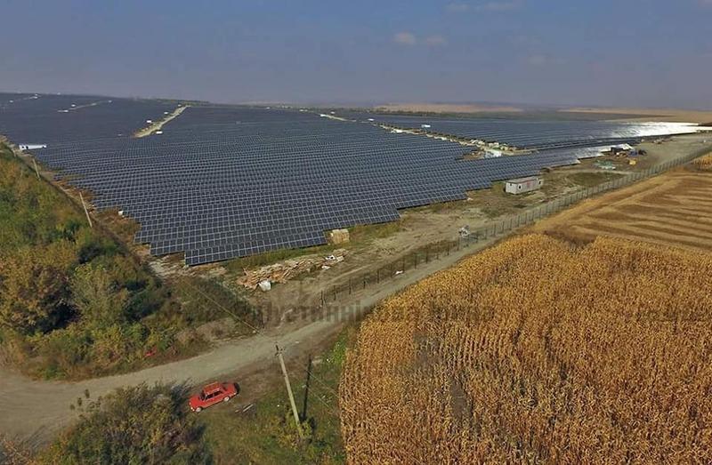 СЕС займає 110 гектарів і є другою за потужністю в Україні