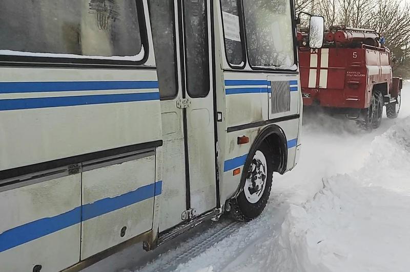 На момент виникнення події в автобусі перебували 10 пасажирі