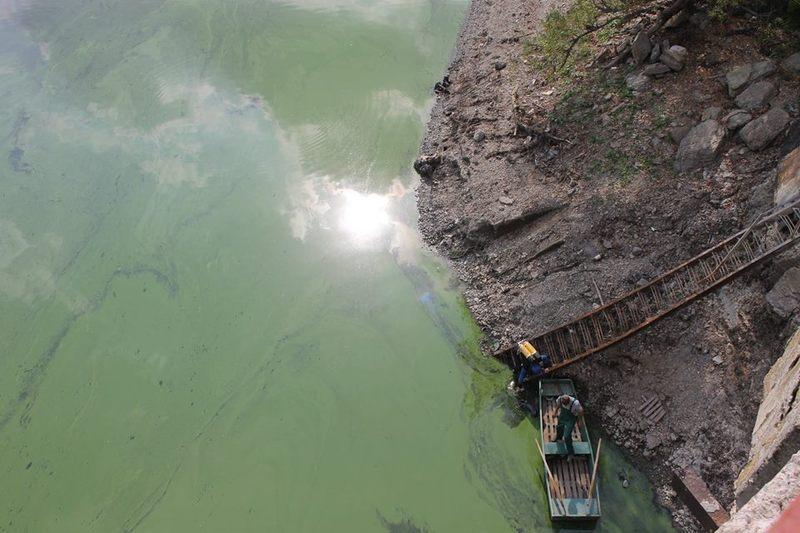 Вода в Дністрі падає, але панікувати не варто