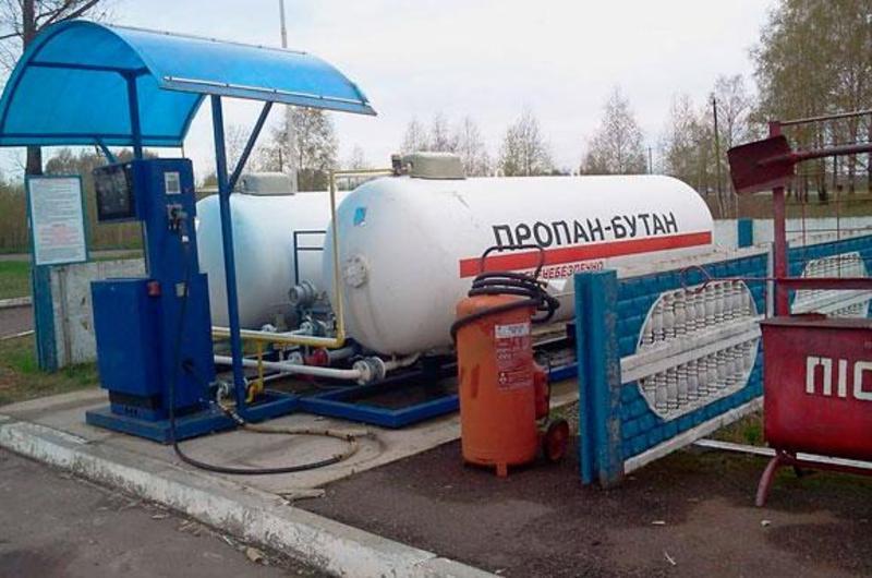 В одному із сіл Шепетівського району чоловік незаконно продавав скраплений газ