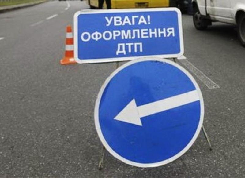 Після ДТП в жовтні 2014 року біля Шепетівки, одна людина померла в лікарні, ще одна стала інвалідом