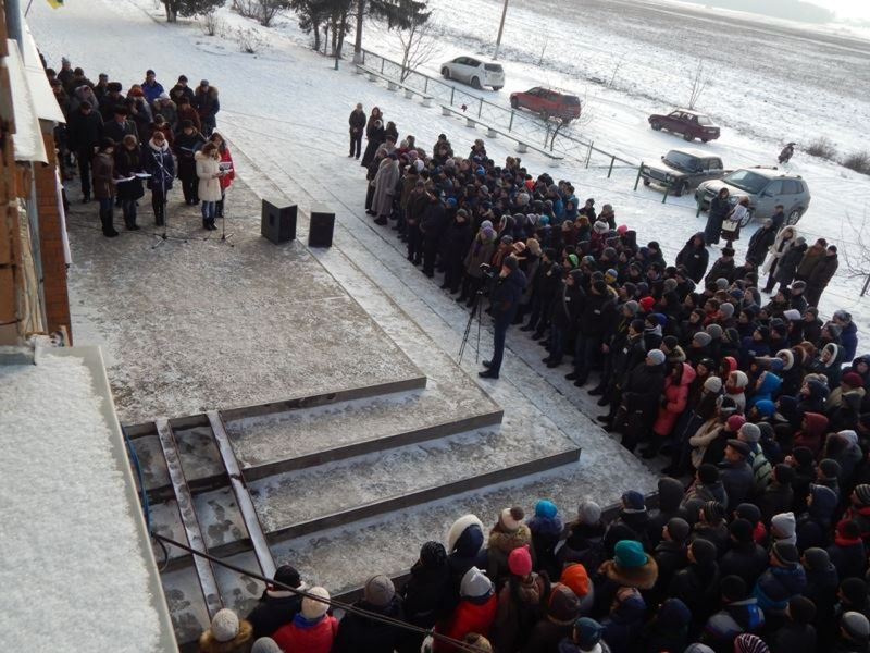 Вшанувати память героїчно загиблих прийшло чимало мешканців Грицева