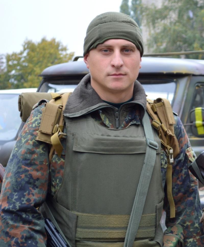 Хмельничанин Ігор Олійник змалку пишався тим, що є українцем.