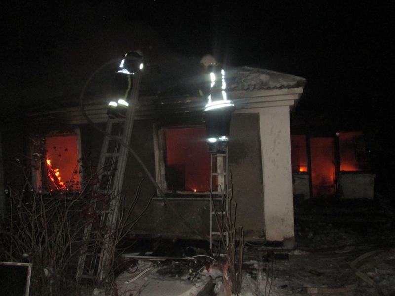 Будинок горів у селі Воронівці на Теофіпольщині