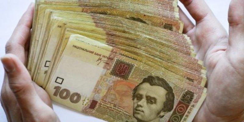 Сільський голова підписав розпорядження про виплату собі 3300 гривень на оздоровлення
