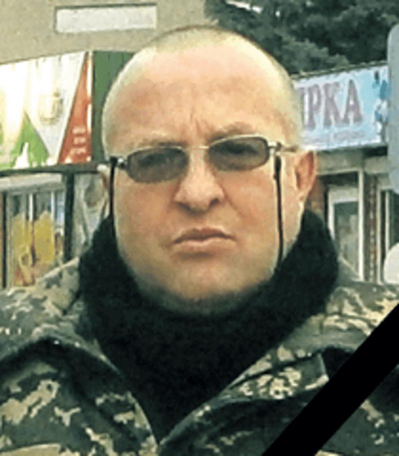 Юрій Борбуцький пішов до війська добровольцем