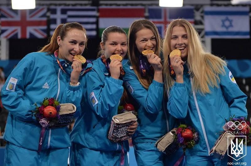 Нещодавно в Баку Ольга Жовнір та Аліна Комащук (перша та друга ліворуч) виграли командні змагання на Європейських іграх. На чемпіонат світу до Москви поїде лише Комащук