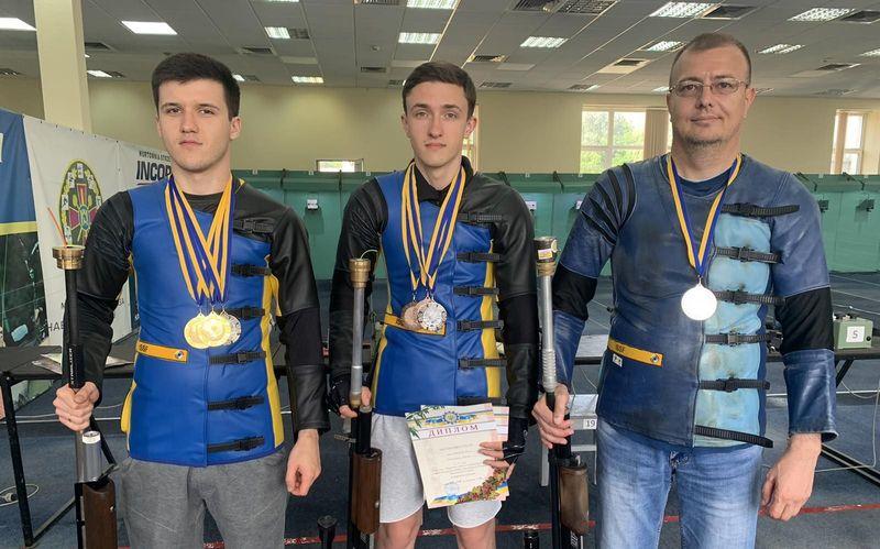 Хмельничани успішно виступили на літньому чемпіонаті України серед дорослих із кульової стрільби