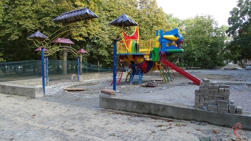Вартість нового дитячого майданчика становить 3 мільйони 400 тисяч гривень