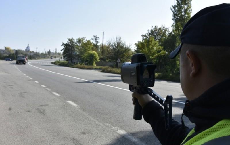 «TruCAM» фіксує дані на відстані до 900 метрів.