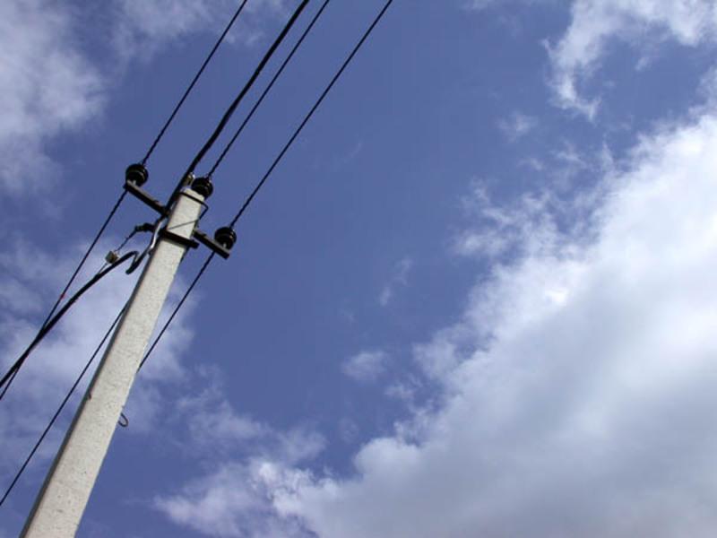 У зв'язку із заміною електроопори вимкнуть електрику на двох вулицях