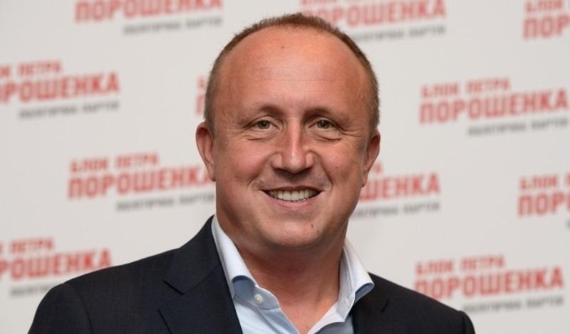 Михайло Гвоздьов поки залишається народним депутатом, попри те, що очолив ДП Антонов