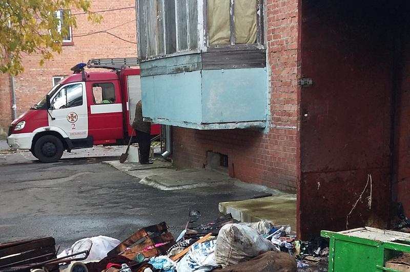 На пожежі у Хмельницькому ледь не загинуло шестеро людей