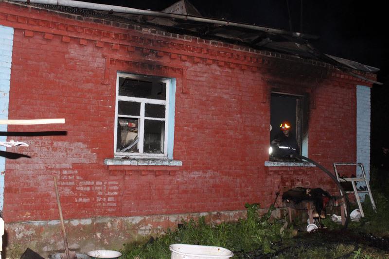 На момент пожежі у будинку перебувало троє осіб