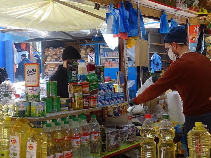 Наразі на Хмельниччині вісім ринків отримали дозволи на відновлення роботи