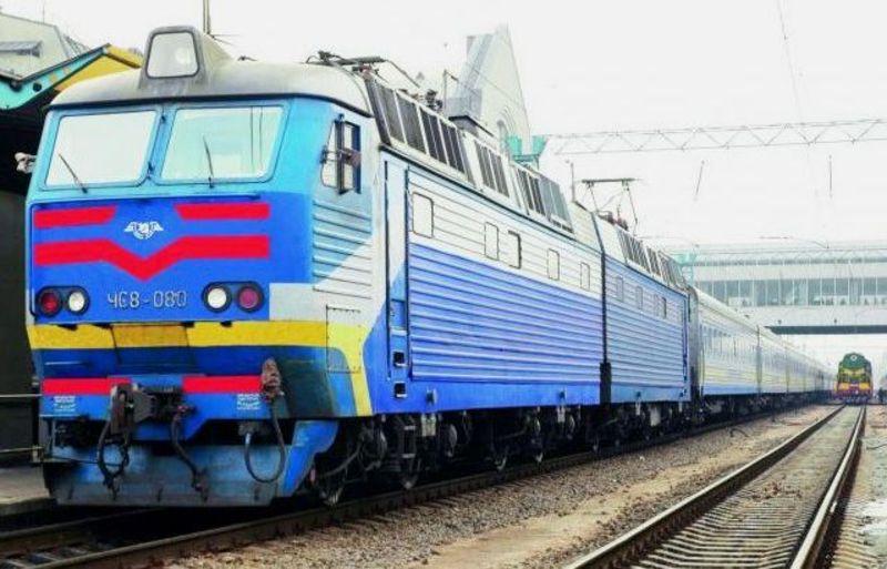 Через Хмельницький тепер курсуватиме чотири додаткові поїзди