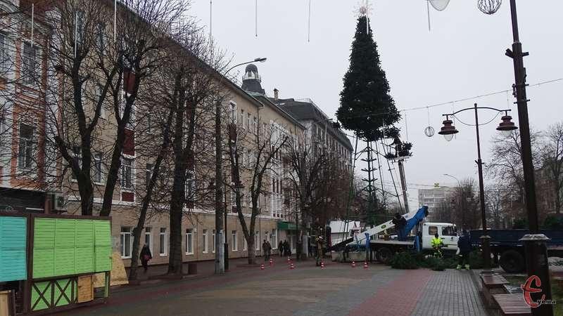 Незабаром в Хмельницькому стартують передноворічні заходи
