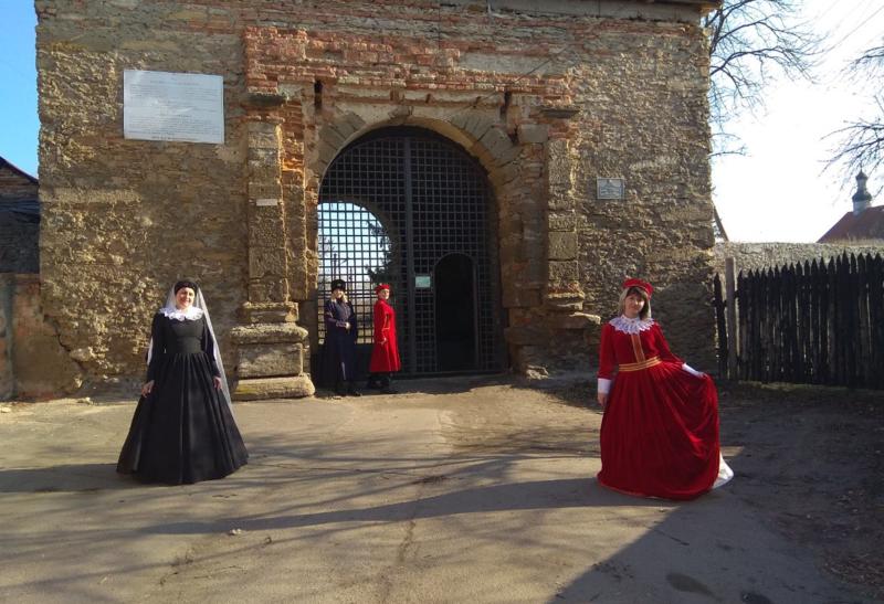 Родзинкою стане презентація історичних костюмів