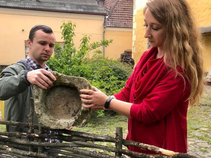Знахідки будуть експонуватися в дворику Руського магістрату