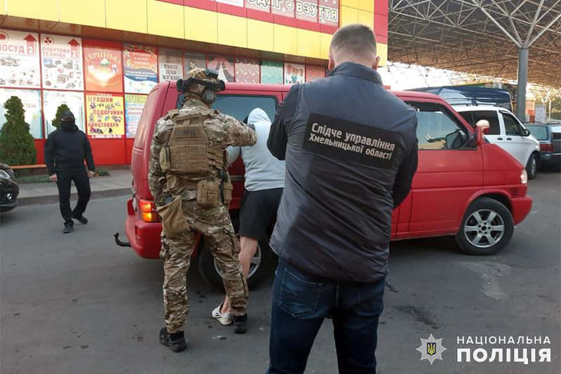 У 2012 році організатору злочинного угруповання надали статус «смотрящого» на території Хмельницької області.