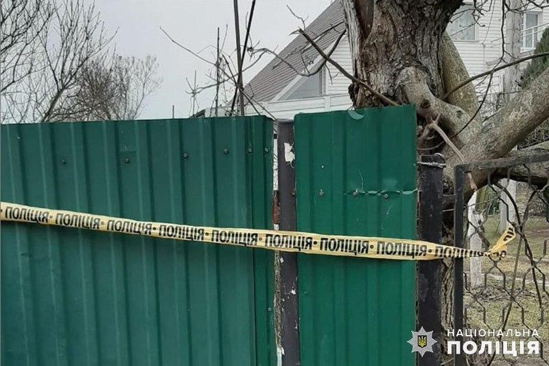 У Хмельницькому працівники поліції затримали 35-річного місцевого мешканця, якого підозрюють у спробі зґвалтування