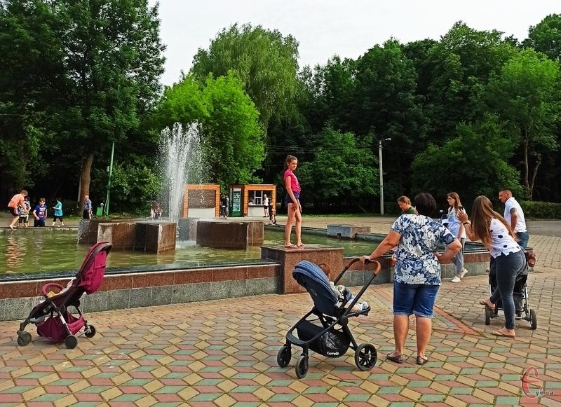 Протягом січня-квітня 2020 року на Хмельниччині народилось 3078 немовлят