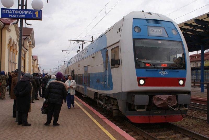 Інтерсіті з Тернополя до Києва долає шлях майже за 6 годин