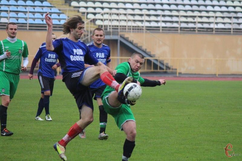 Фінал чемпіонату обасті в першій лізі пройшов на хмельницькому стадіоні Поділля
