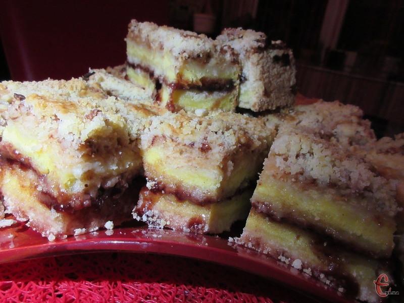Це не пиріг, а справжній яблучний торт!