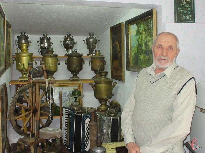 За розповідями пана Семенюка можна простежити історію техніки – від перших пристроїв і до сучасних.