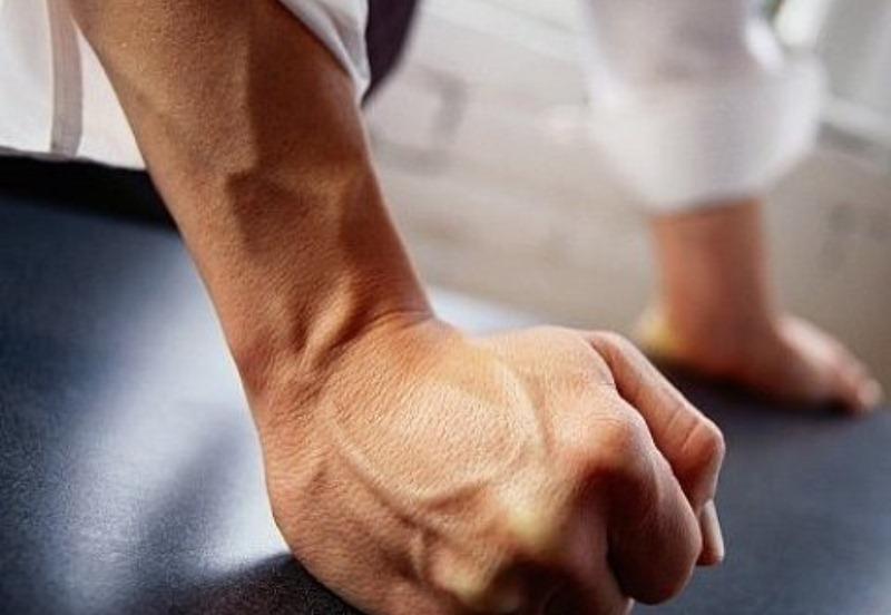Чоловіка судитимуть за побиття екс-дружини