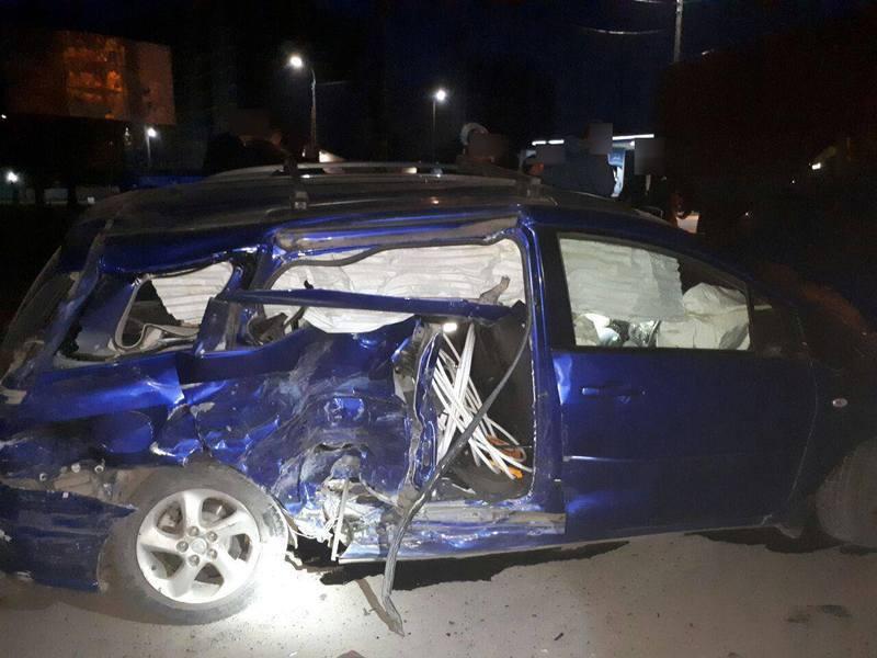 Аварія сталася на перехресті вулиці Озерна і Бандери