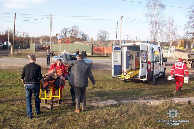 На Хмельниччині під час розваг на потязі 12-річного хлопчика вразило струмом