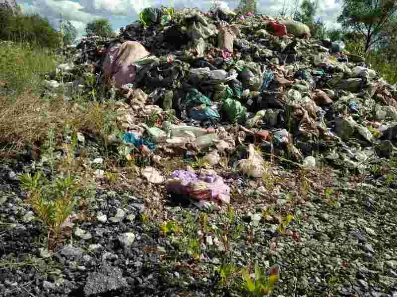 Львівське сміття знову подорожує Хмельниччиною