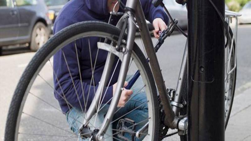 Якби непогашена судимість, то крадій велосипеда міг отримати умовний термін покарання