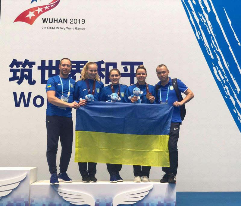 Аліна Комащук, Олена Вороніна та Юлія Бакастова вибороли бронзову нагороду
