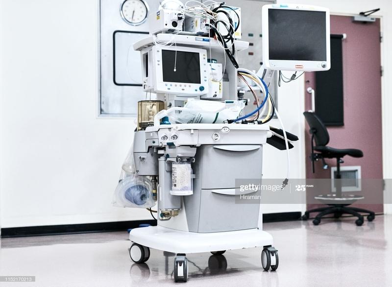 Медики мають отримати апарат ШВЛ до 1 червня