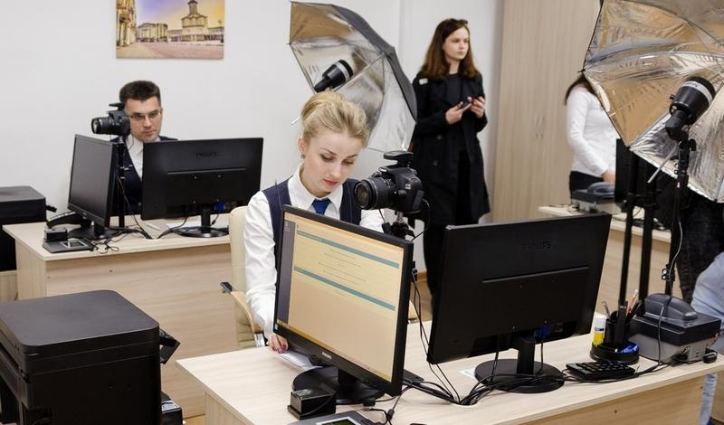 За оформлення паспортів в управлінні стягуватиметься тільки адміністративний збір