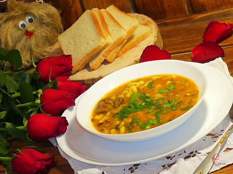 . Головна перевага такого супу в тому, що після нього уже не потрібно думати про другу страву.